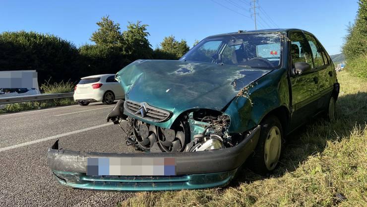 Am Mittwoch kollidierte ein grüner Audi mit einem ebenfalls grünen Citroen. Ein drittes (weisses) Auto war ebenfalls involviert.