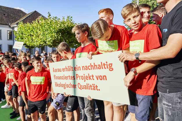 Die FC-Aarau-Junioren machen sich stark für den Standort Torfeld Süd.