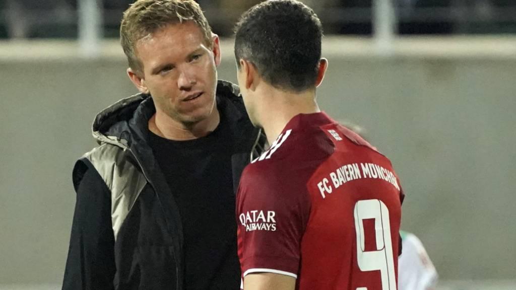 Robert Lewandowski, Bayerns Goalgetter (mit Trainer Julian Nagelsmann), erzielte beim 3:1 in Greuther Fürth für einmal kein Tor