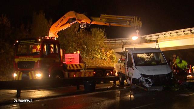 Schwerer Autounfall auf A3 bei Altendorf