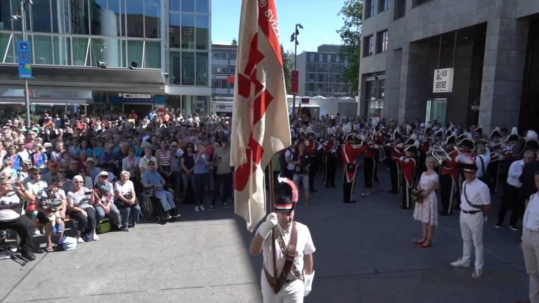 Eidgenössisches Turnfest: Empfang der Zentralfahne in Aarau