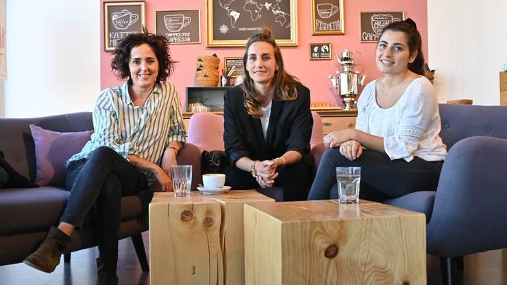 Die Gründerinnen der neuen Plattform im «Bloomell» (von links): Cinzia Schmuziger, Désirée Di Santo und Angi Ringgenberg. Auf dem Foto fehlt Nicole Kohler.