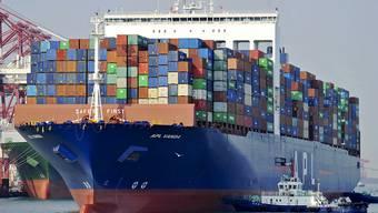 Inmitten der Handelsstreitigkeiten mit den USA legten die Ausfuhren aus Chinas im März deutlich stärker zu als erwartet. (Symbolbild)