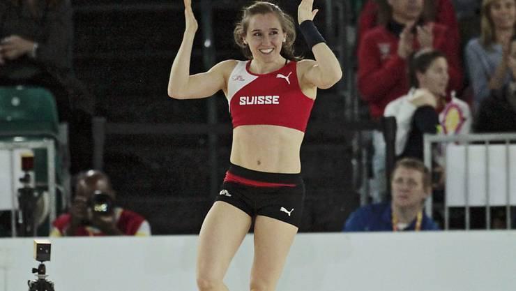 Nicole Büchler überspringt 4,60 m und erfüllt die WM-Limite