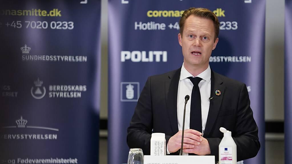 Jeppe Kofod, Aussenminister von Dänemark, spricht während einer Pressekonferenz.