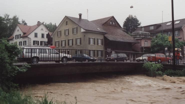 Erinnern Sie sich noch an die Überschwemmungen vom 12. Mai 1999?Hier ein Bild davon.
