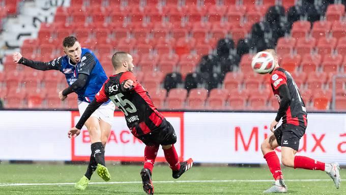 Filip Stojilkovic verbucht gegen Xamax seinen dritten Treffer im Aarauer Dress.