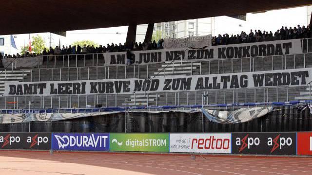Blieb TV-Zuschauern verborgen: Protest der FCZ-Fans gegen Hooligan-Konkordat am letzten Sonntag. Foto: EQ Images