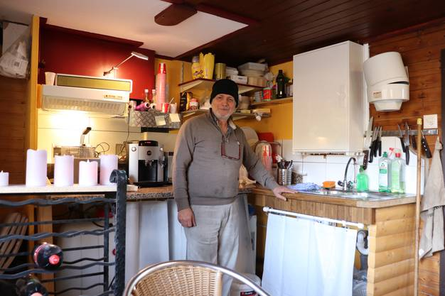 Muhen, 29. Januar: Auf dem Böhler hat Abdulrahman Mohammad eine Mini-Pizzeria eröffnet.