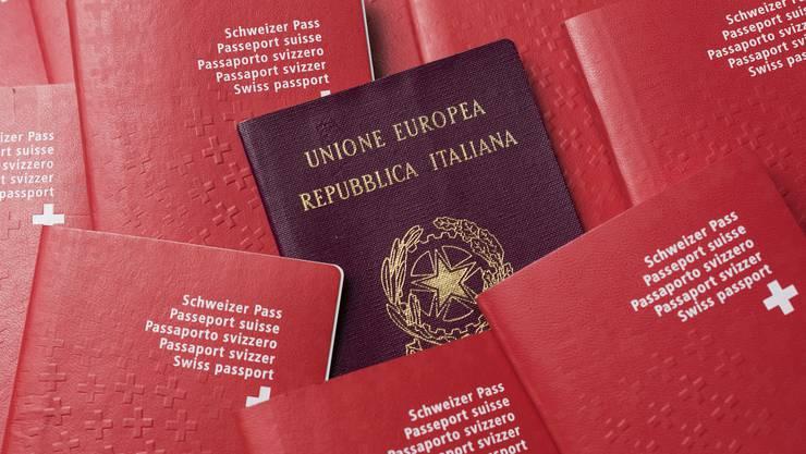 Wer den Schweizer Pass hat, kann 185 Länder besuchen, ohne vorher ein Visum zu beantragen. Mit dem italienischen Pass sind es 188 Länder.