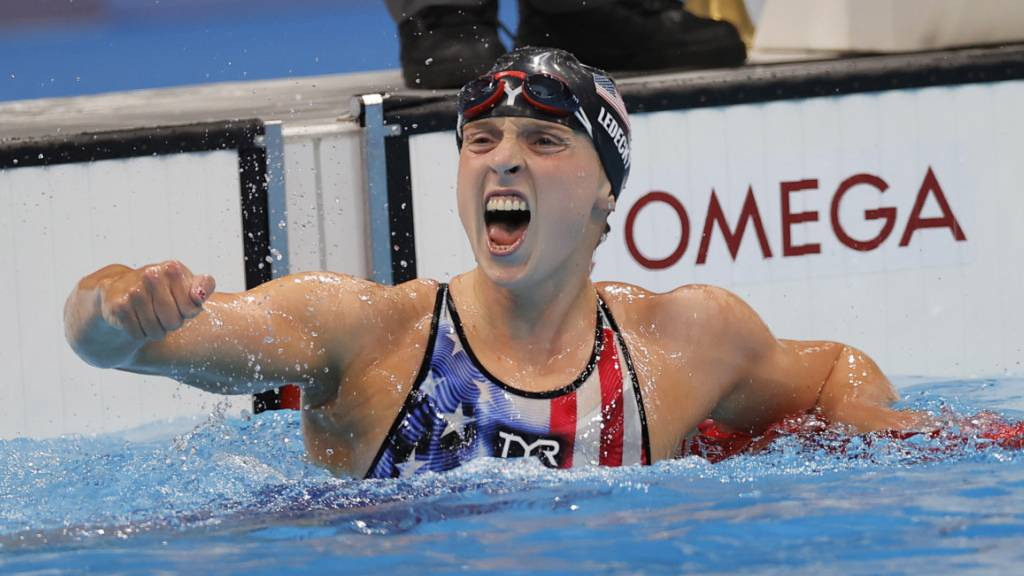 Katie Ledecky bejubelt in ihrem dritten Rennen den ersten Triumph