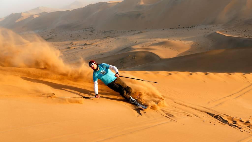 Dünenskifahren in Namibia