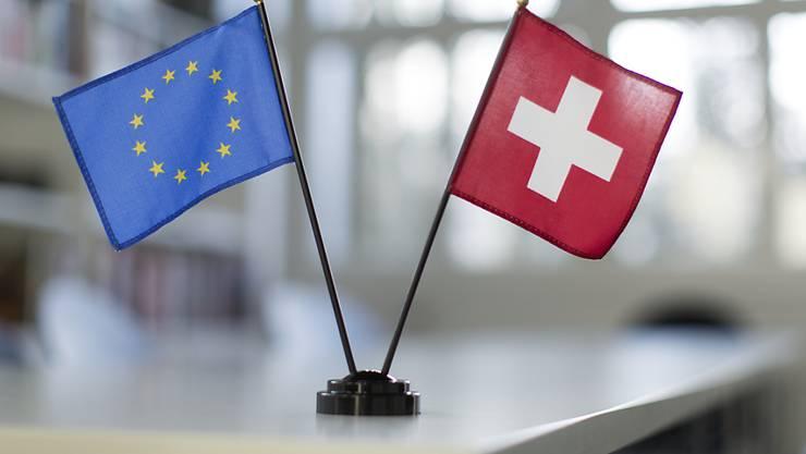 Zwei Drittel der Unternehmen stellen sich in einer Umfrage hinter den Bundesrat, der mit der EU über ein Rahmenabkommen verhandeln will. (Symbolbild)