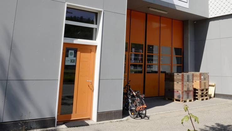 Hier befindet sich der Eingang zum An'nur-Kulturzentrum in Winterthur.