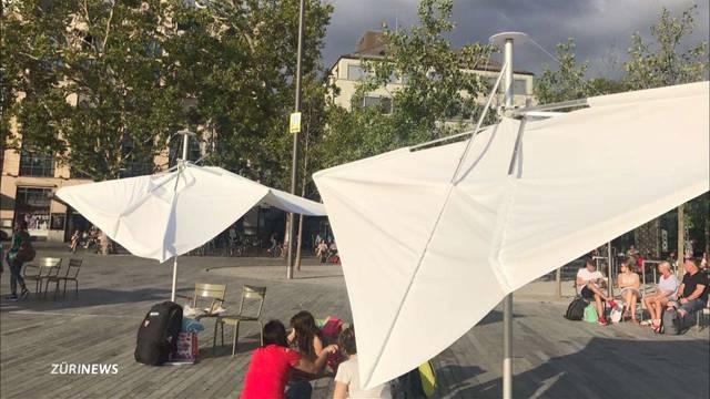 Sechseläutenplatz: Sonnenschirme werden abgenommen