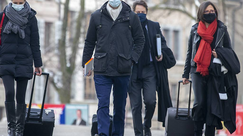 Genfer Staatsrat Pierre Maudet wegen Luxus-Reise vor Gericht