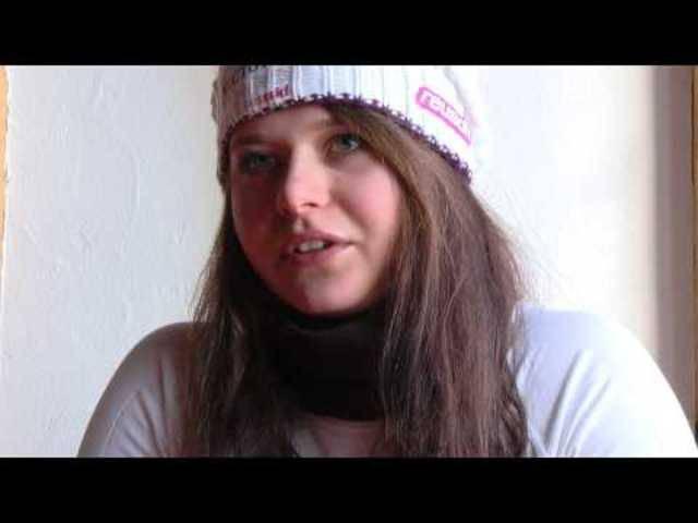 Corinne Suter wurde 2014 für den mit 12'000 Franken dotierten Sporthilfe Nachwuchs-Preis nominiert, welchen sie auch gewinnen konnte. Der Sporthilfe Nachwuchs-Preis ist die bedeutendste Auszeichnung Schweizer Nachwuchssport.