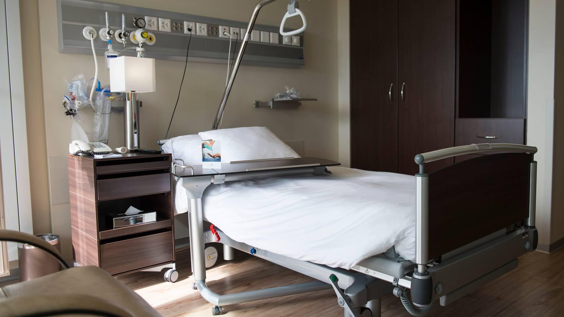 Laut der Finma gibt es «Missstände» im Bereich der Spitalzusatzversicherungen. (Symbolbild)
