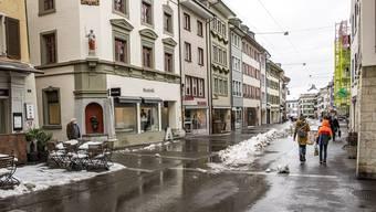 Spitzenreiter ist die Kantonshauptstadt mit 37,3 Prozent. Weshalb? «Liestal hat vergleichsweise viele Arbeitsplätze gemessen an der Wohnbevölkerung, so etwa in der Verwaltung und im Gesundheitswesen», sagt Tamara Bobst vom Statistischen Amt Baselland.