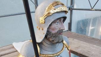 Die Figur des Mauritiusbrunnens in Solothurn wurde restauriert.