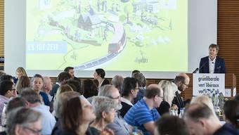 Parteipräsident und Nationalrat Jürg Grossen spricht an der Delegiertenversammlung der Grünliberalen Partei der Schweiz am Samstag in Spiez.