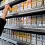 Um den Vorwurf der Preisabsprache von Tabakgegnern klären zu können, müssen Konzerne Details zu Preisen ihrer Marken rausrücken. (Symbolbild)