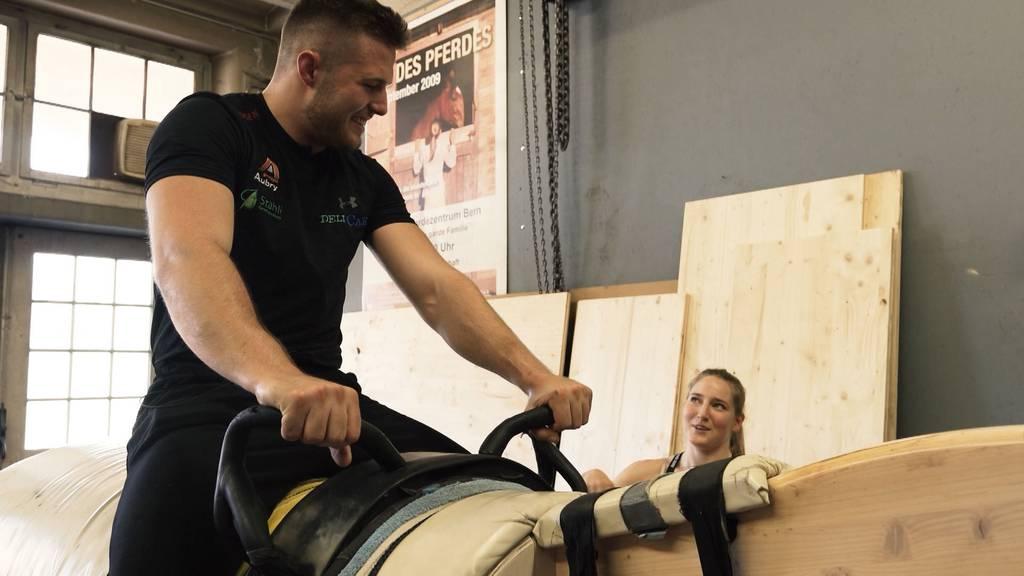 Michael Wiget steigt aufs Pferd – aber nicht zum Reiten