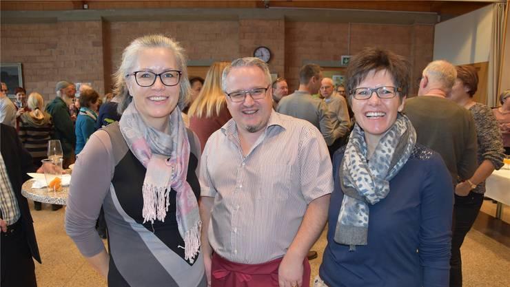 Beim Neujahrsapéro im Januar wusste Gemeindeammann Mario Schegner noch nicht, ob Claudia Sommerhalder (links im Bild) oder Mirjam Bossard bald an seinen Gemeinderatssitzungen teilnehmen würde.