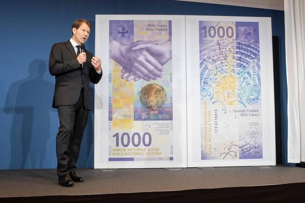 Nationalbank-Vize Fritz Zurbrügg stellte im März die neue 1000er-Note vor.