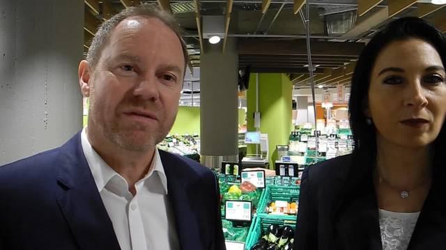 Der Verkaufsleiter und die Marktleiterin zum neuen Migros-Supermarkt an der Wengistrasse