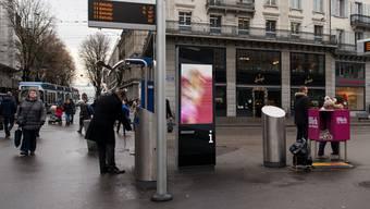 12 weiter Werbeanlagen in der Stadt Zürich