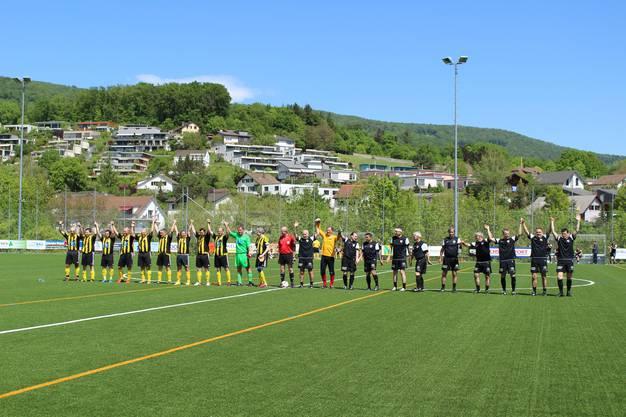 Nach dem Meistertitel von YB am Samstag feierten am Sonntag die anderen Gelb-Schwarzen: der FC Küttigen.