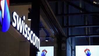 Swisscom wehrt sich gegen Preissenkungen. (Archivbild)