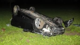 Das verunfallte Auto (Bildquelle: Kantonspolizei St. Gallen)