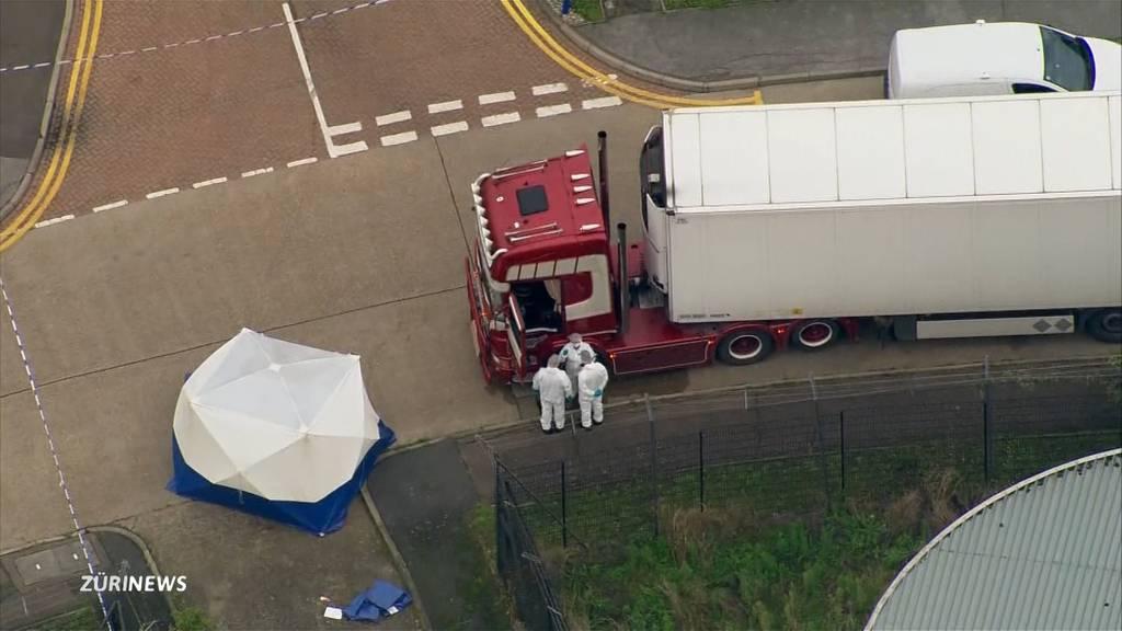 39 Leichen in LKW-Container bei London entdeckt