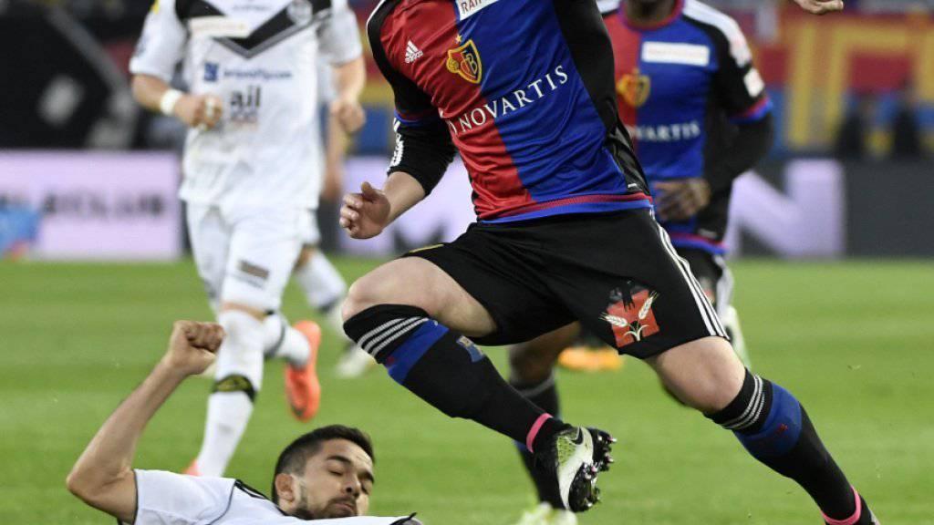 Taulant Xhaka verlängerte seinen Vertrag mit Meister Basel vorzeitig