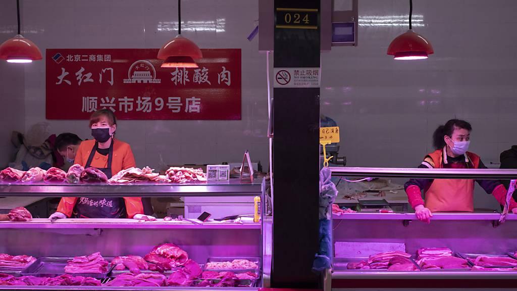 Chinas Fabrikpreise fallen - Verbraucherpreise steigen