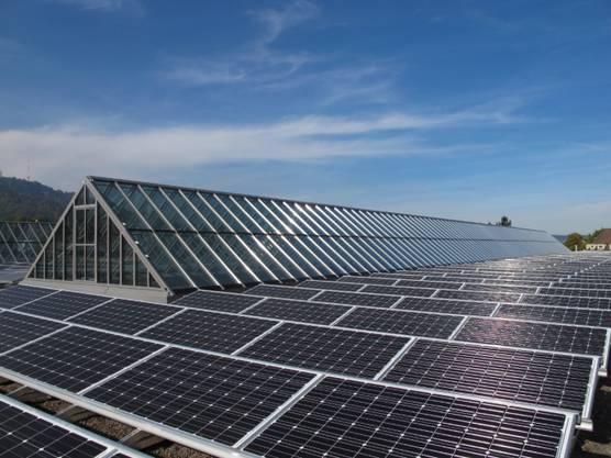 Die Photovoltaikanlage auf dem Dach des Tramdepots