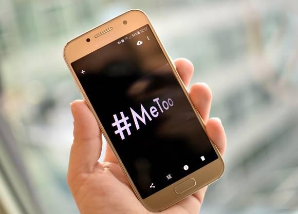 Der Skandal um Hollywood-Produzent Harvey Weinstein brachte die Debatte über sexuelle Belästigung und Gewalt an Frauen in Amerika und auch bei uns ins Rollen. Dies unter der Verwendung vom Hashtag #MeToo in den Sozialen Netzwerken.