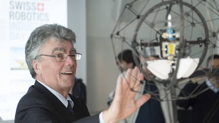 """Unter anderem wegen """"herausragender"""" Universitäten - im Bild EPFL-Präsident Patrick Aebischer - belegt die Schweiz in einer WEF-Rangliste zur Wettbewerbsfähigkeit erneut den ersten Platz. (Archivbild)"""