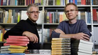 """Baden/Dättwill, 26. September 2008; Die beiden Verleger Andreas Steigmeier (links) und Bruno Meier vom Verlag """"hier und jetzt""""."""