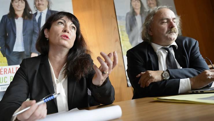 Géraldine Savary und Luc Recordon während der zweiten Runde des Wahlkampfs für einen Ständeratssitz im Jahr 2015. (Archivbild)