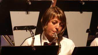 Konzentriert und mit Enthusiasmus: Die Musikanten überzeugen. (Bild: pel)