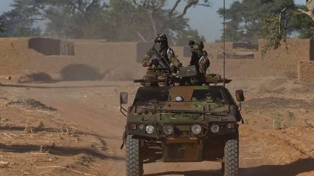 Ein französischer Panzerwagen in Mali