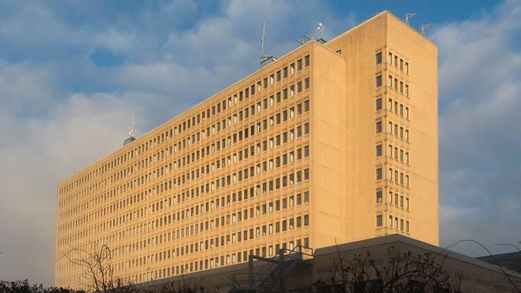 Die Spitalsteuer soll in die Kantonssteuer integriert werden. So schlägt es der Regierungsrat vor. (im Bild: Kantonsspital Baden)