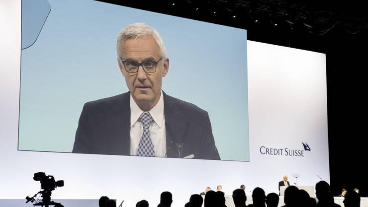Verwaltungsratspräsident Urs Rohner spricht an der ordentlichen Generalversammlung der Credit Suisse im Hallenstadion