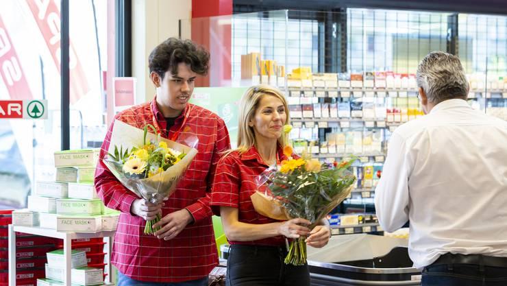 Kaan und Ayse Bozkus sind die Marktleiter des neuen Spars im Quartier Reitmen in Schlieren.