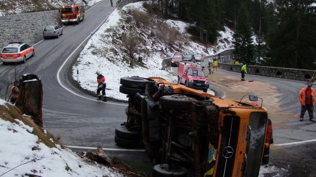 Bei der Arbeitsmaschine versagten auf der Fahrt ins Tal die Bremsen.