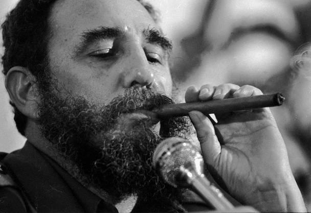 Passionierter Raucher: Fidel Castro. Diese Zigarre war offenbar nicht präpariert.