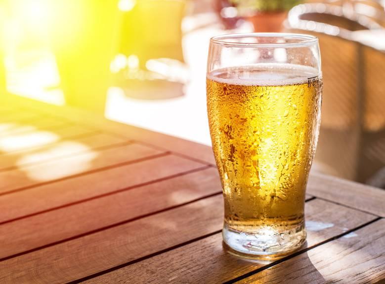Degustationen und Musik stehen am Samstag beim Calanda-Bierfest in Chur auf dem Programm. (iSTock)